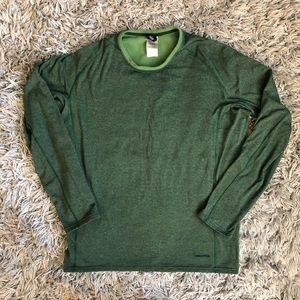 Patagonia base layer capilene LS green shirt